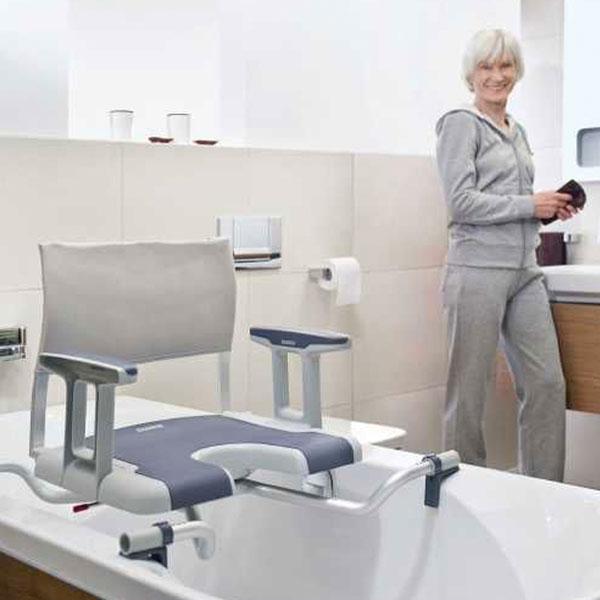 accessoires salle de bain personnes agees